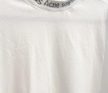 Acne Studios T-shirt Strl.x-small