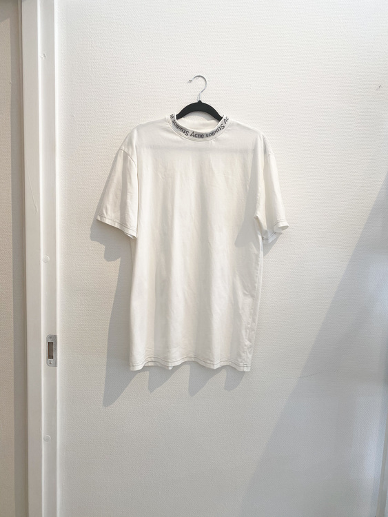Acne Studios T-shirt Strl.x-small