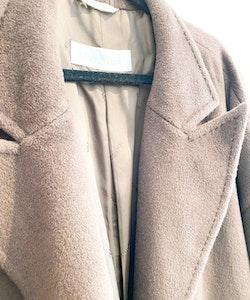 MAXMARA Coat/ Cape (Size 34-42)