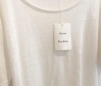 ACNE STUDIOS T-Shirt (Small)