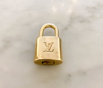 Louis Vuitton Lock/Lås 303