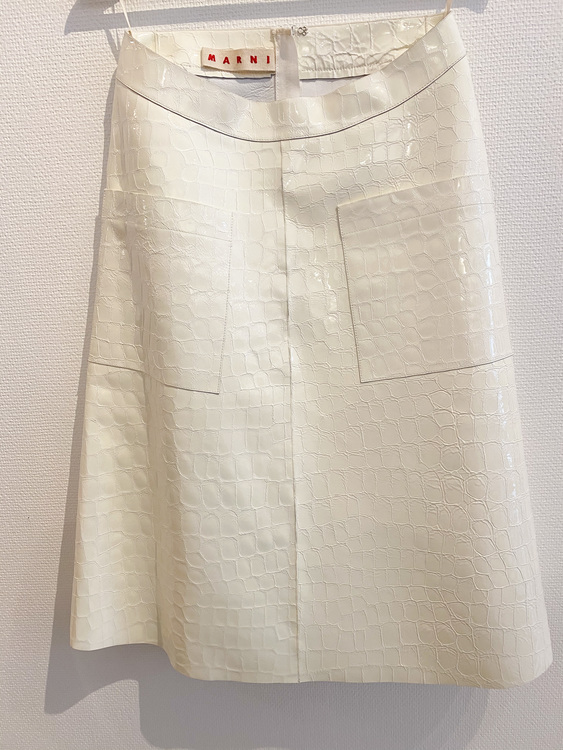 MARNI White Exclusive Leather Skirt (38)