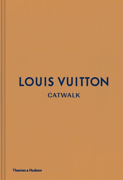 LOUIS VUITTON CATWALK BOOK