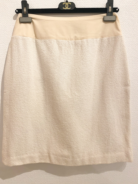 CHANEL Boutique Skirt (Small)