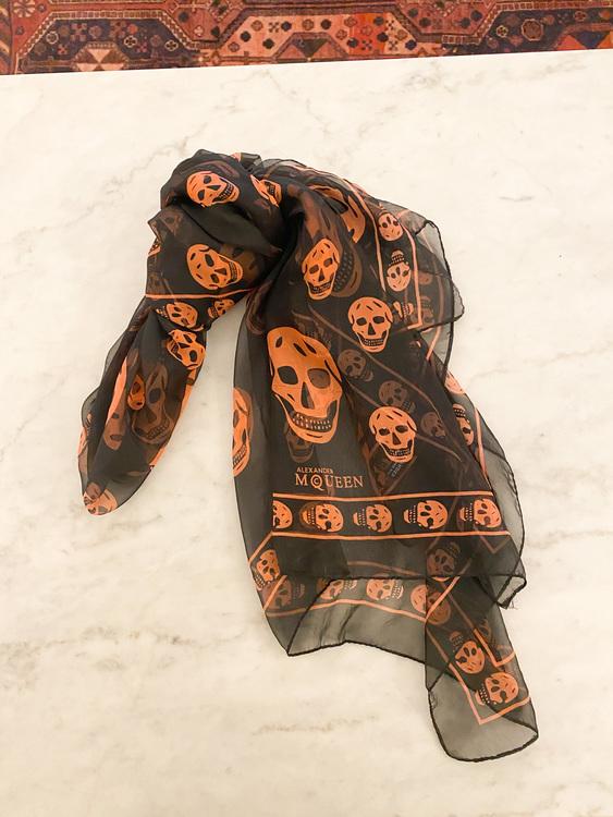 ALEXANDER MQUEEN Silk Scarf Skull