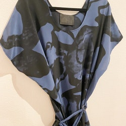 DIANA ORVING Silk Dress (M)
