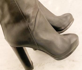 FILIPPA K Knee High Boots (37)