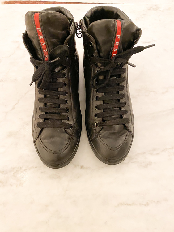 PRADA High Top Leather Sneakers (41)