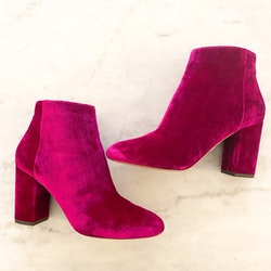 AQUAZZURA Pink Velvet Ankle Boots (38)