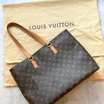 LOUIS VUITTON Monogram Luco Tote Bag