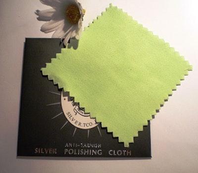 Putsduk för silver