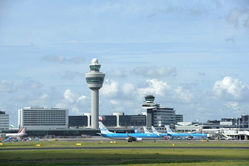 New orders of chocks to Airport in Holland