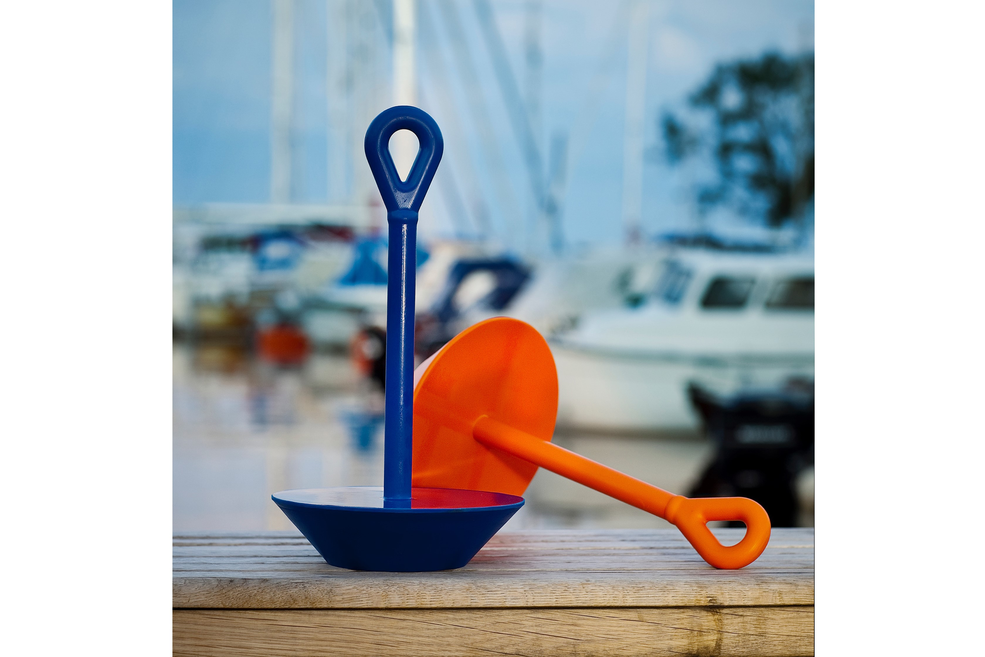 Plate anchor Softdish in solid polyurethane Blue
