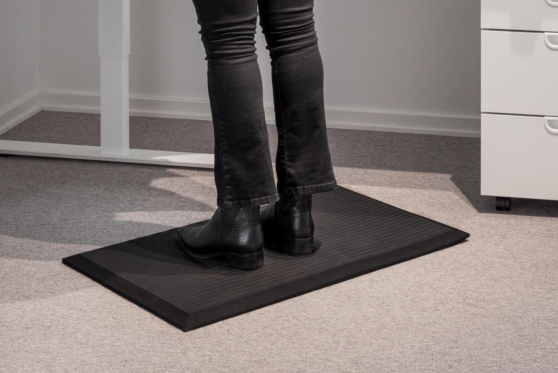 Tpe-step Ergonomiskmatta svart 46x76cm