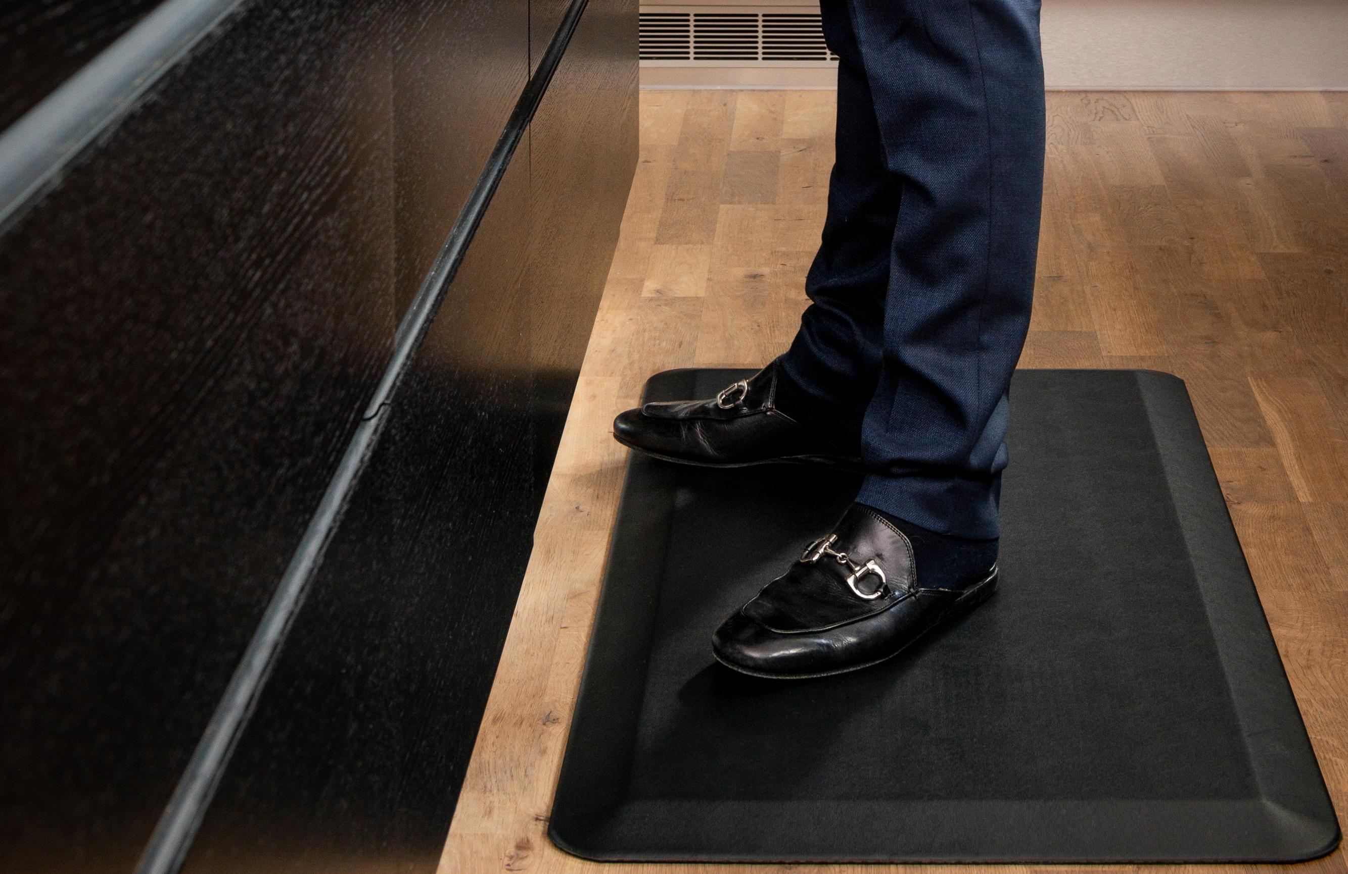 Home-Step Ergonomiskmatta i Polyuretan svart 51x121cm