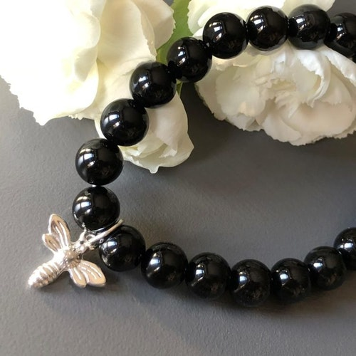 Armband med svarta agater, silverbi