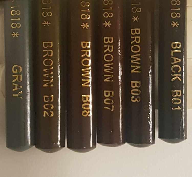 Ögonbryns pennor/markerings pennor