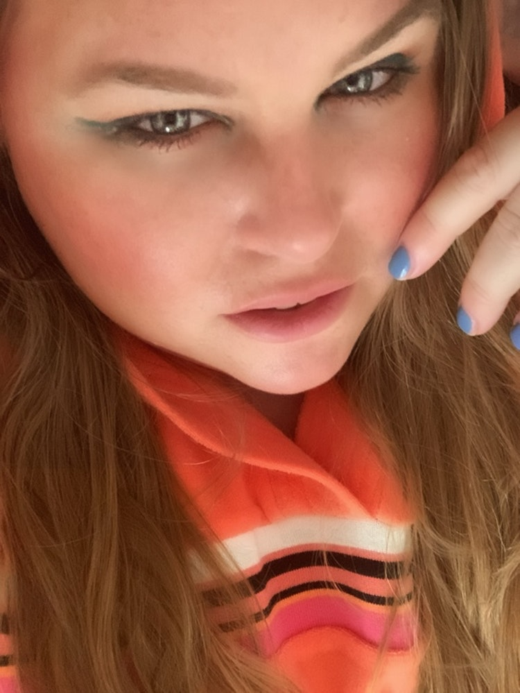 All Eyez On Me Eyeshadow - Ibiza Blue