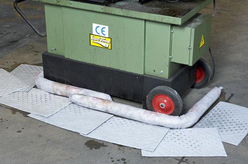 AW561