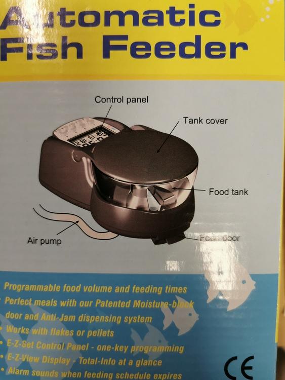 Automatisk fiskmatare (akvarium)