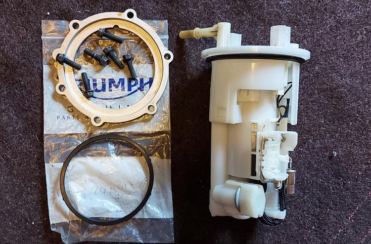 Triumph Daytona 675 2006 - 2011 Fuel Module / Fuel Pump