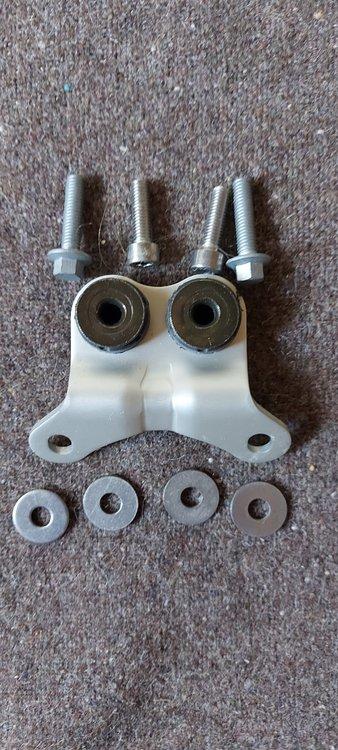 Triumph Daytona 675 2009 Petrol Tank - Will fit 2006 - 2011 bikes