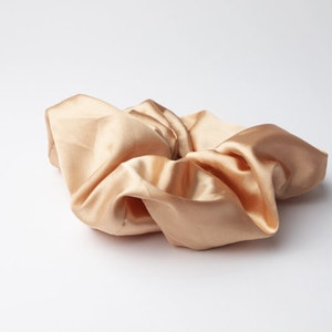 Pieces by bonbon Sussie scrunchie overzised peach