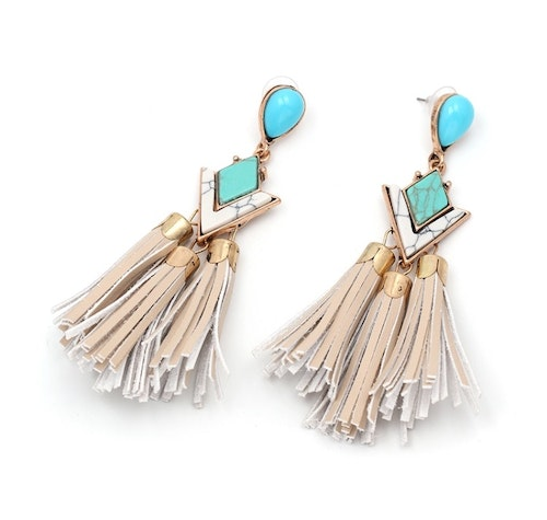 Judy Beige Earrings