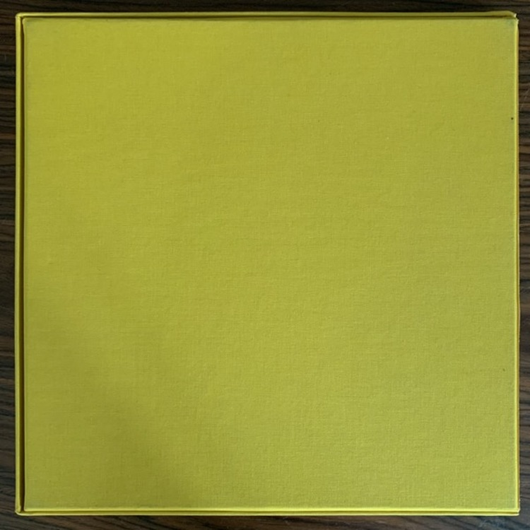 BRIGANTIN La Fièvre De L'Indépendance (Yellow, clear vinyl) (Disques Bloc Thyristors - France original) (EX/NM) 3LP BOX