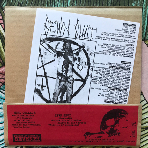 "MIND COLLAGGE/SEWN SHUT Split (Sounds of Betrayal - Sweden original) (EX) 7"""