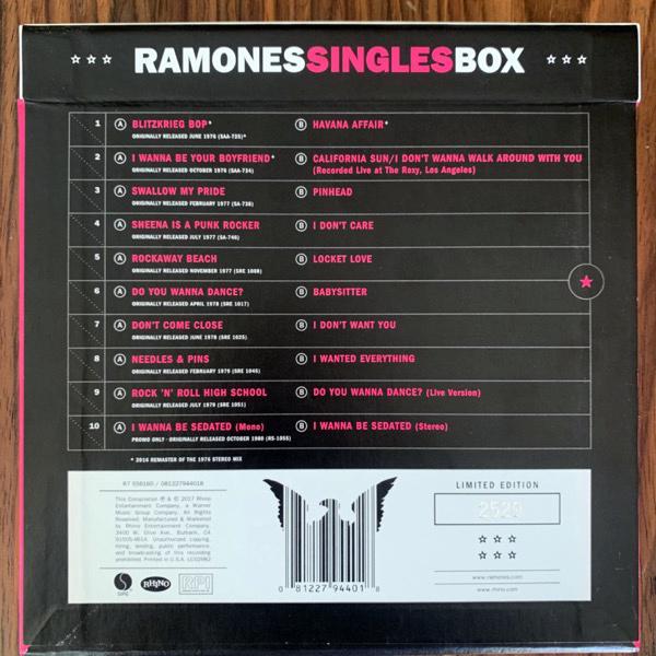 """RAMONES Singles Box (Rhino - Europe original) (EX/NM) 10x7"""" BOX"""