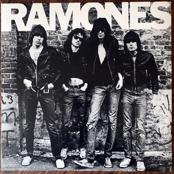 RAMONES Ramones (Sire - Europe 2011 reissue) (EX/NM) LP