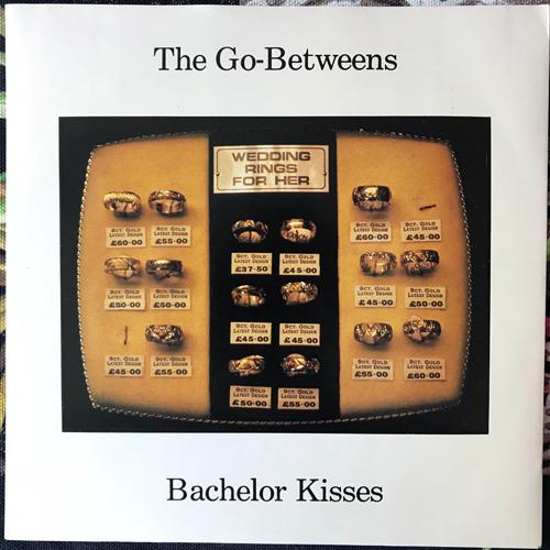 "GO-BETWEENS, the Bachelor Kisses (Sire - UK original) (EX) 7"""