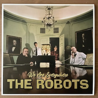 ROBOTS, the We Are Everywhere (Tvåtakt - Sweden reissue) (NM) LP