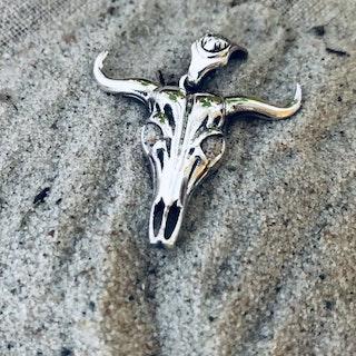 Tjurskalle i silver