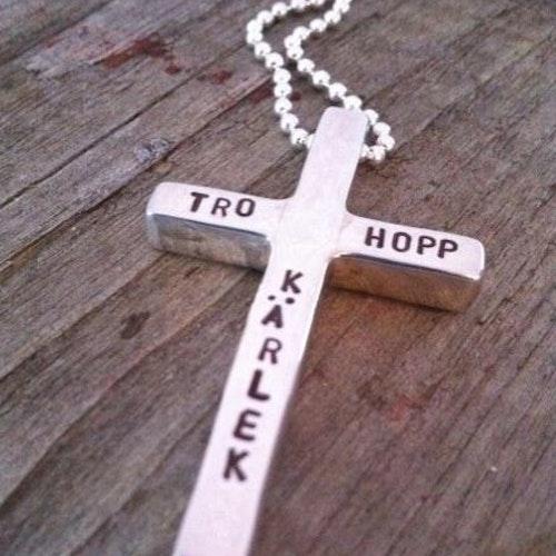 Silverkors Tro Hopp Kärlek