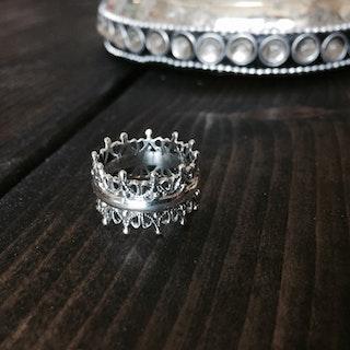 """Ring """"kronan"""" i silver"""