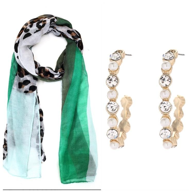 Leopardsjal med gröna toner