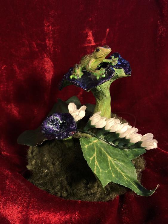 'Purple Shrooms' Decoration/Hat