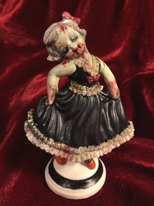 'Undead Girl' Customised Figurine