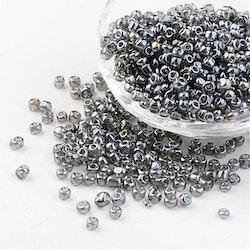 Seeds pärlor 4 mm, 50 gram, grå, I LAGER MAJ
