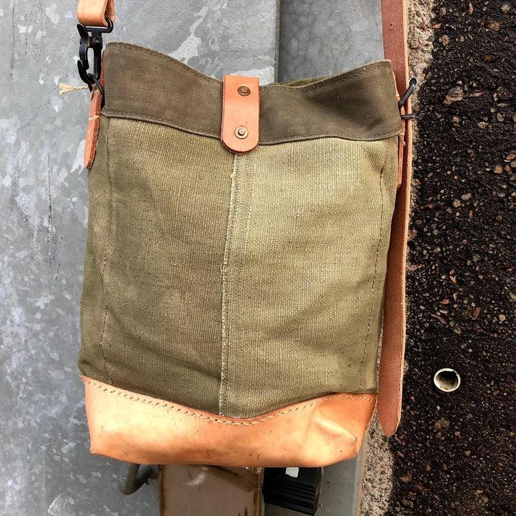 Green Canvas Shoulderbag