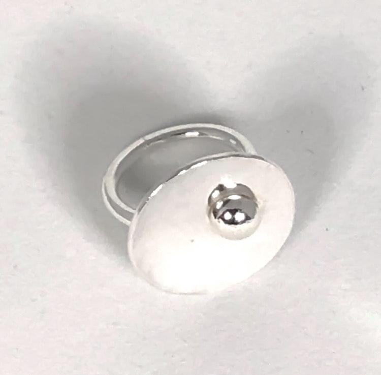 Spaceship ring