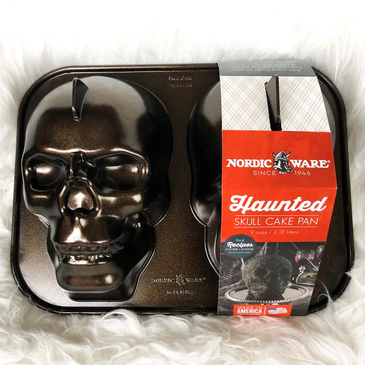 Haunted Skull Cake Pan
