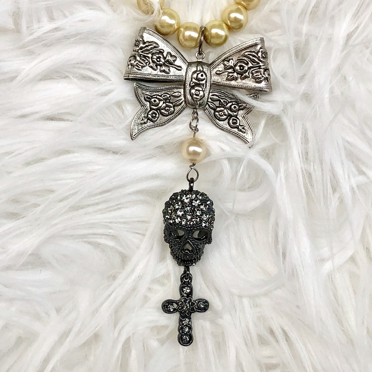 Pearl & Skull, halsband Van Asch