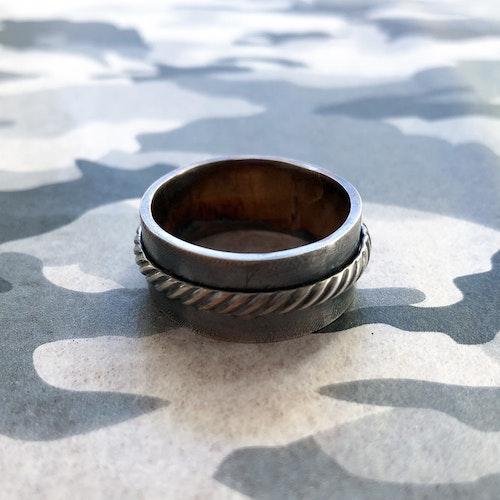 Ring Antique