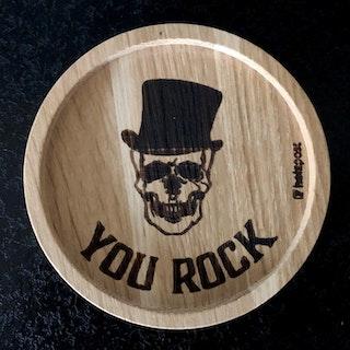 Underlägg i ek, Skull You Rock
