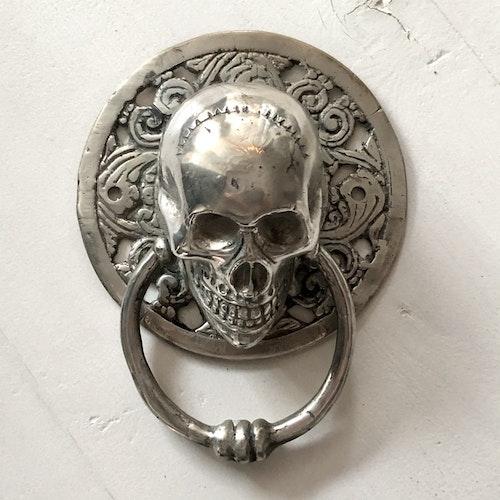 Dörrknackare silverfärgad - skull