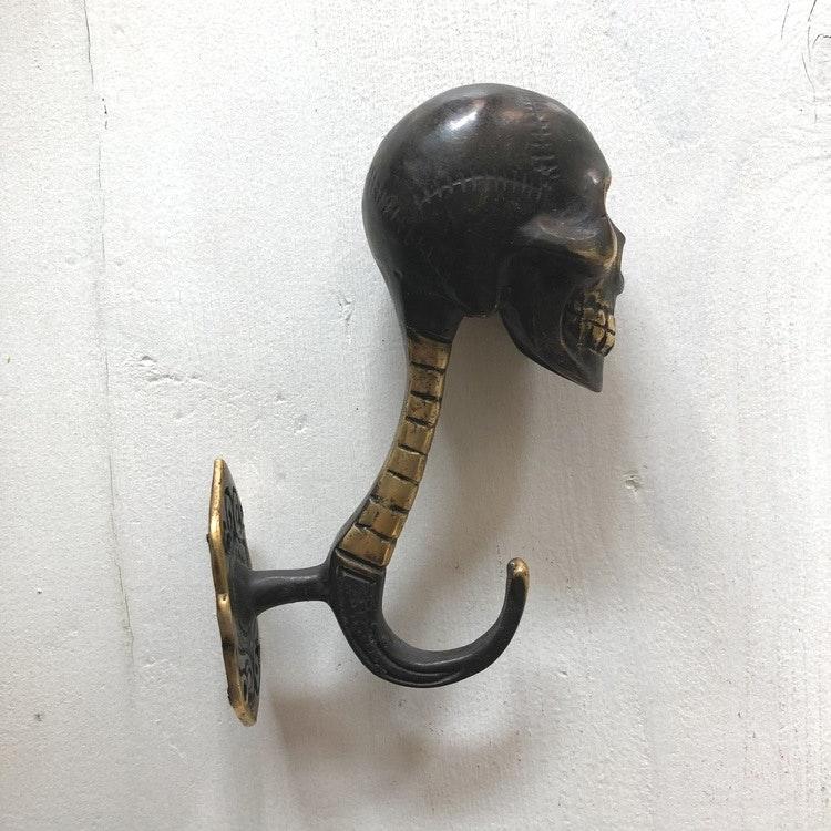 Väggkrok brons - skull