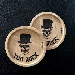 Underlägg i ek, Skull You Rock 2-p